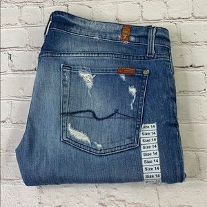 7 for all mankind cropped straight leg, size 32